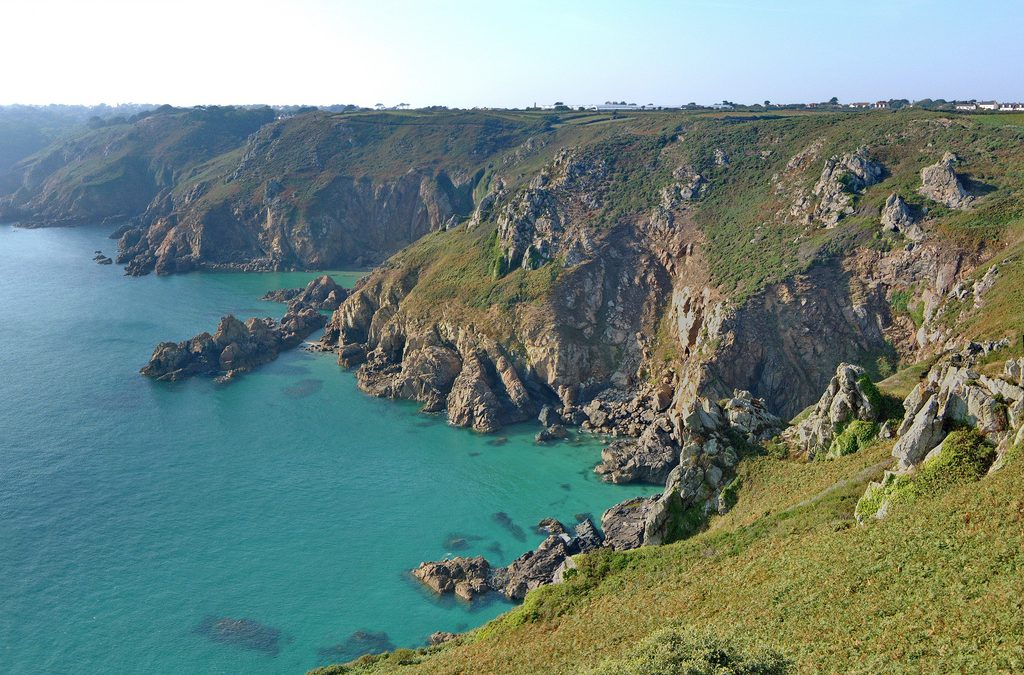 Do you know anybody working in nature on the Guernsey coastal path?
